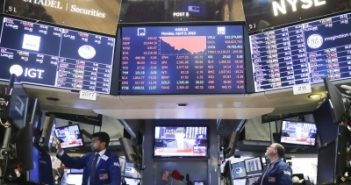 US stocks drop on dampened market sentiment