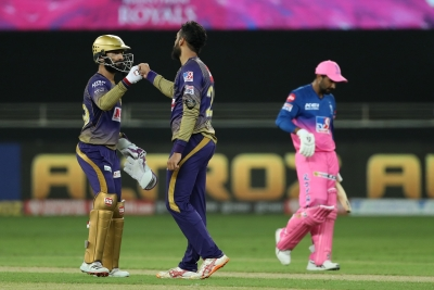 Clinical KKR coast to 37-run