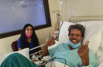 Kapil Dev flashes double thumbs