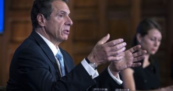 US governors urge president to hold