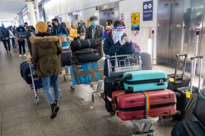 UK mulls hotel quarantine