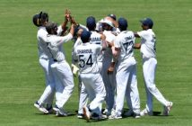 India 62/2 at tea on second day
