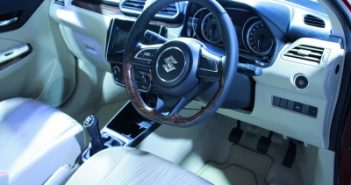 Maruti Suzuki stops dealers from