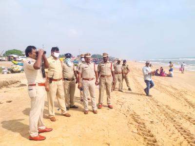 AP police mount 'sea vigil