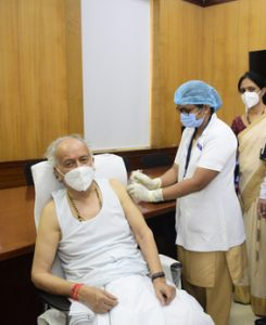 Governor Koshyari gets first dose of Covaxin