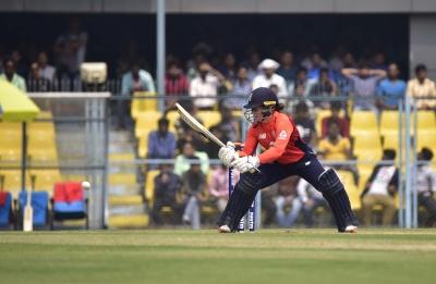 2nd T20I: Eng beat NZ by 6