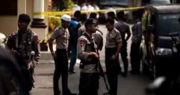 14 hurt in suspected suicide bombing