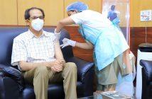 मुख्यमंत्री उद्धव ठाकरे यांनी घेतला लसीचा दुसरा डोस