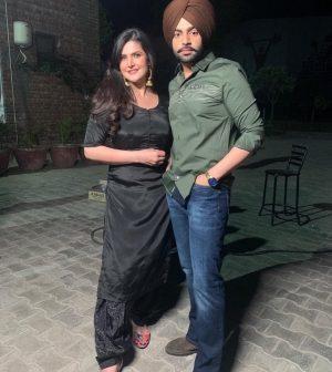 Zareen Khan in music video