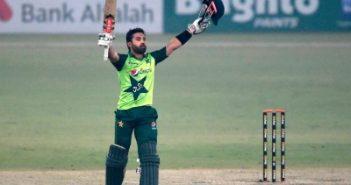 Rizwan guides Pakistan to