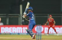 Dhawan's 92 helps DC chase