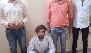 Man arrested with 23 turtles