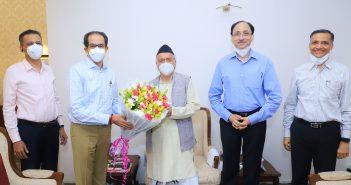 CM Uddhav Thackeray greets Governor Koshyari on his 79th birthday