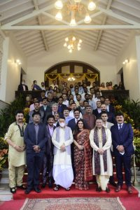 Governor presents 'Maharashtra Sanman' to 42 icons  of film industry
