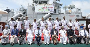 Western Naval Command receives the victory flame as part of Swarnim Vijay Varsh celebration